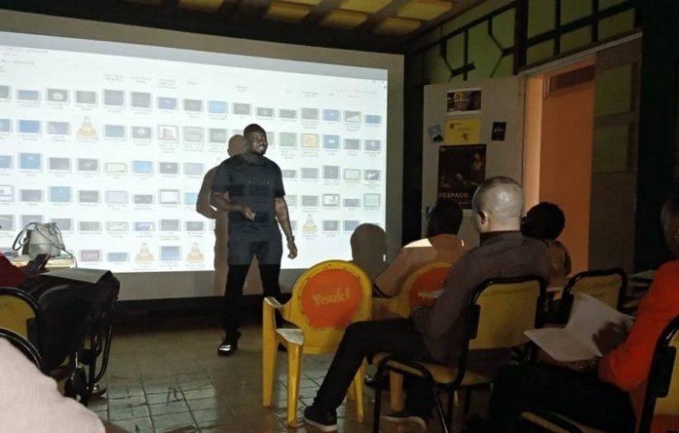 Burkina Faso : Des jeunes à l'école de la conception et réalisation de dessins animés à Ouagadougou